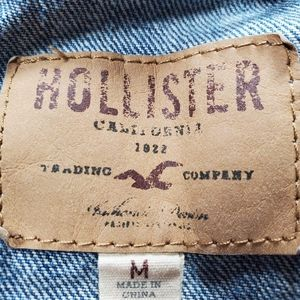 Hollister Tops - 💥Just In💥Hollister Distressed Jean Vest-Sz M Jrs